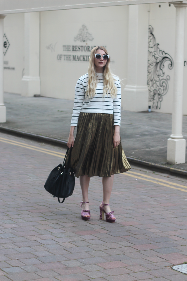 how to wear metallic midi skirt