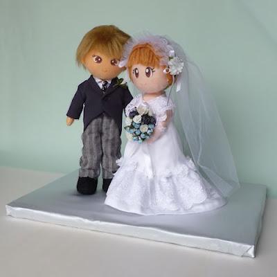 Standing dolls