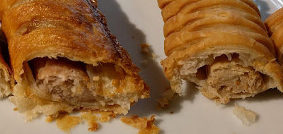 Gregg's vegan sausage roll and sausage meat sausage roll