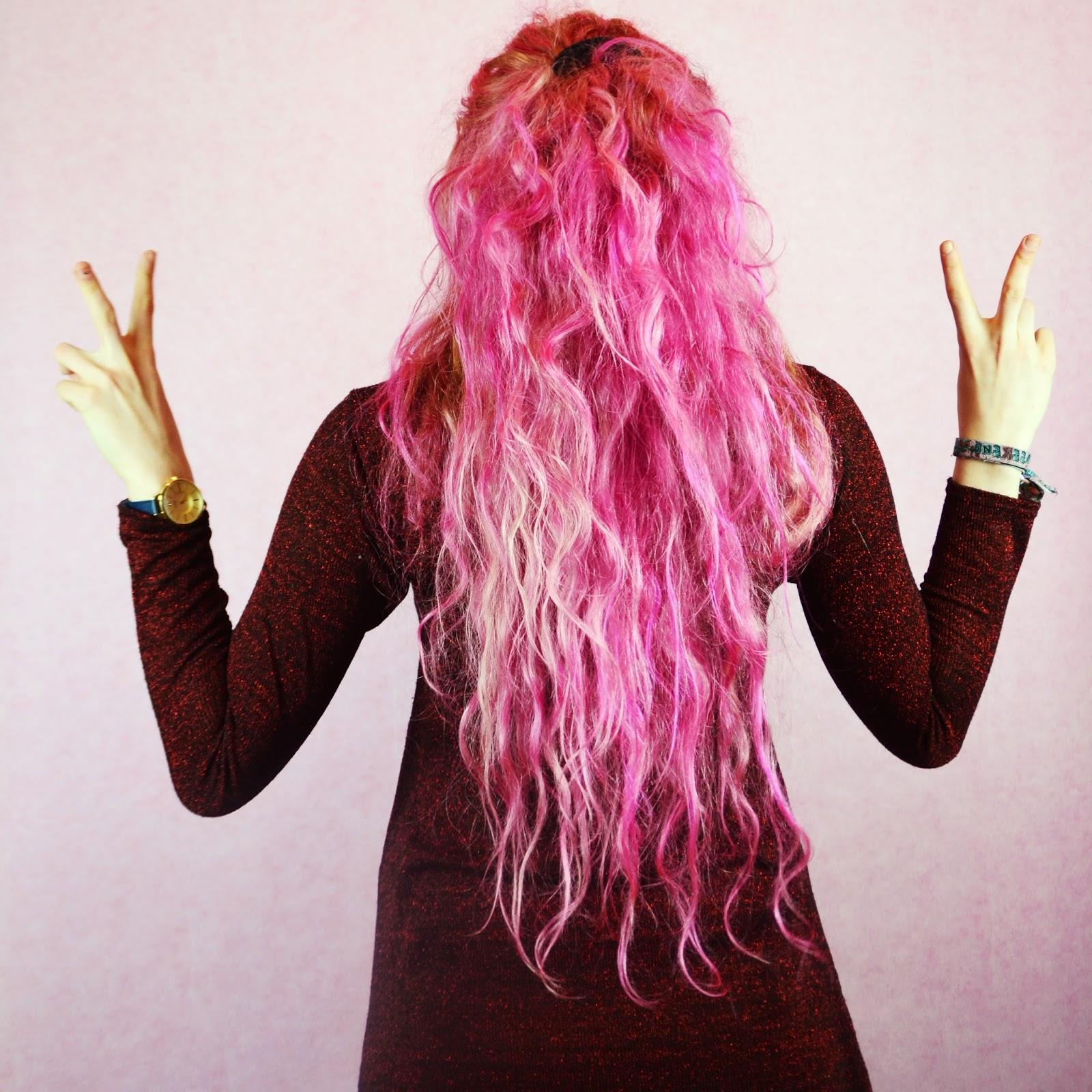 Stephi LaReine dyed pink hair