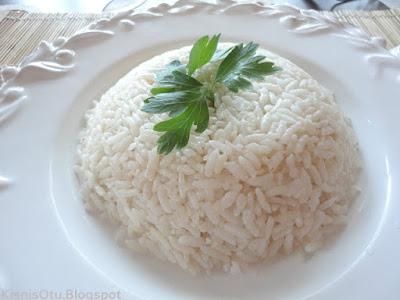 Sade pirinç pilavı, pilav nasıl yapılır, pilav yapmanın püf noktaları, menü