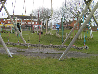 swinging rope in chichester park