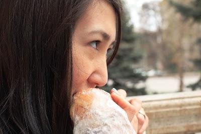 Makanan yang Dilarang di Awal Kehamilan