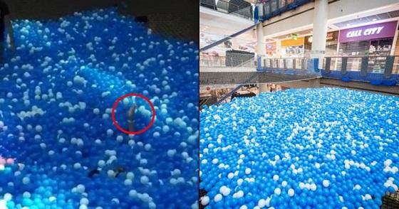 video ngeri ibu dan anak tenggelam di wahana mandi bola