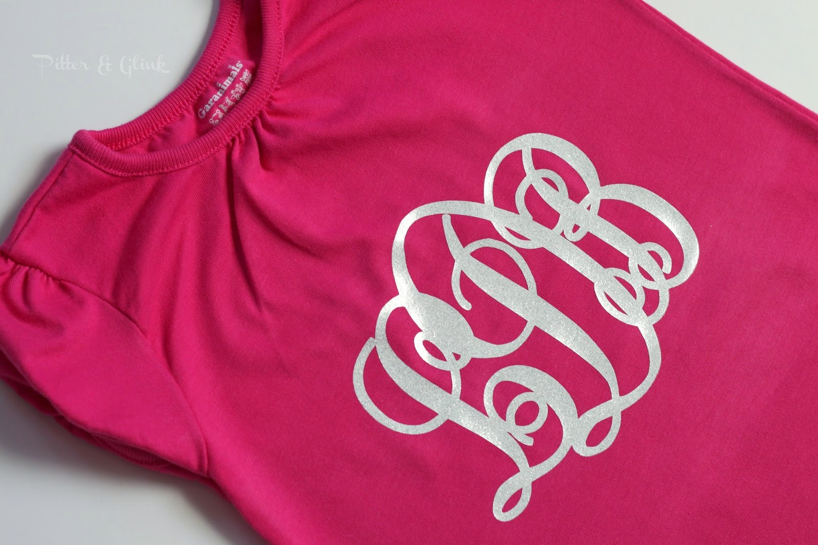 Create A Monogrammed T Shirt With Silhouette Heat Transfer Material Tutorial From Pitter