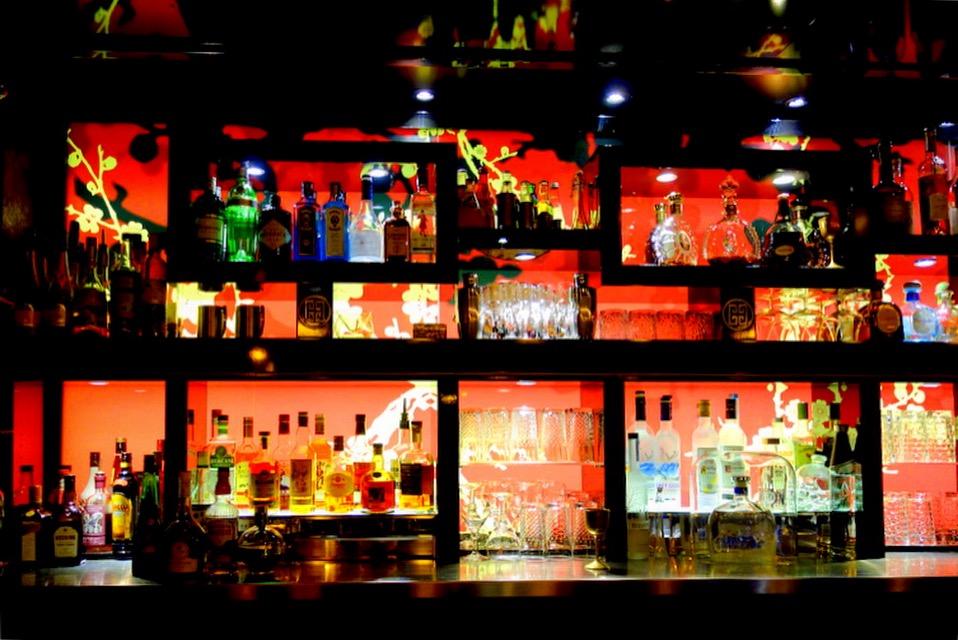 nightlife les soir es musicales du buddha bar hotel. Black Bedroom Furniture Sets. Home Design Ideas