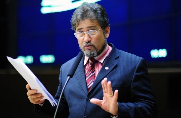 """Impeachment: """"Nunca dissermos ter 172 votos"""", diz um dos apoiadores de Dilma."""