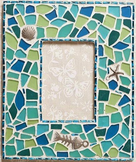 picture frame decoratd with sea glass