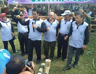 Ke Magetan, Menteri Pertanian Di Sambut Ribuan Pedet