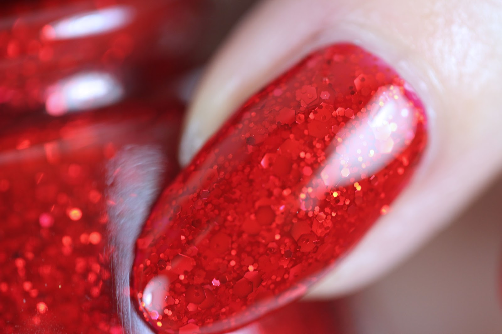 Are You Ready For The Glam Finale The Daily Nail Bloglovin
