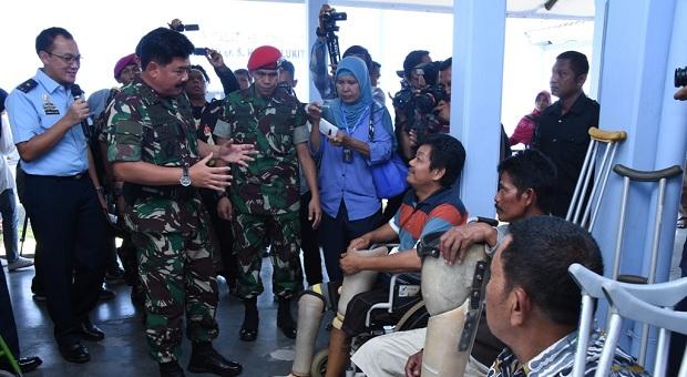 TNI Gelar Baksos Kesehatan untuk Masyarakat