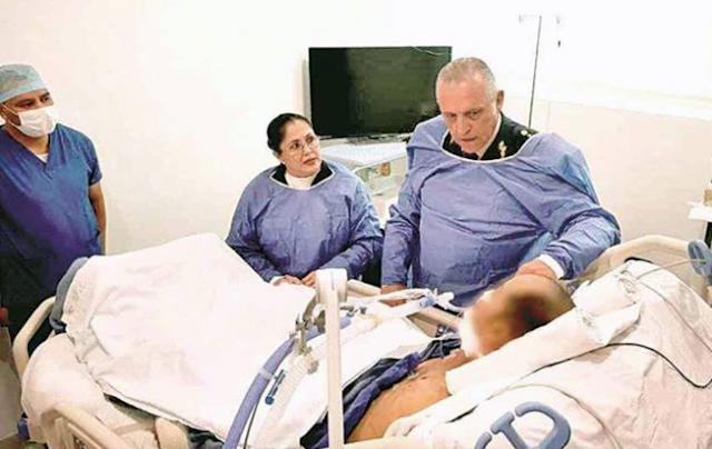 """Máximo General del ejercito """"Cienfuegos"""" enaltece moral de la tropa, vistita a soldado baleado por """"Escorpiones"""" del CDG en Reynosa"""