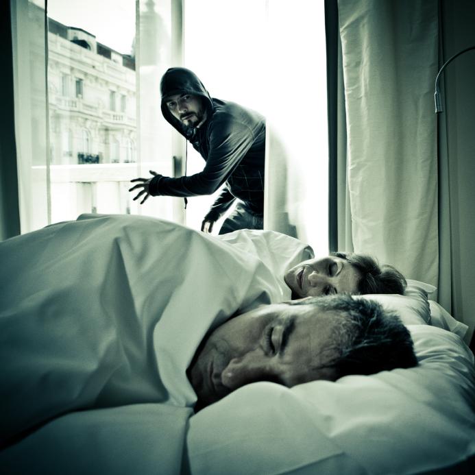 Survivre au Chaos  Comment se protéger des attaques à domicile 38e68bd455d0