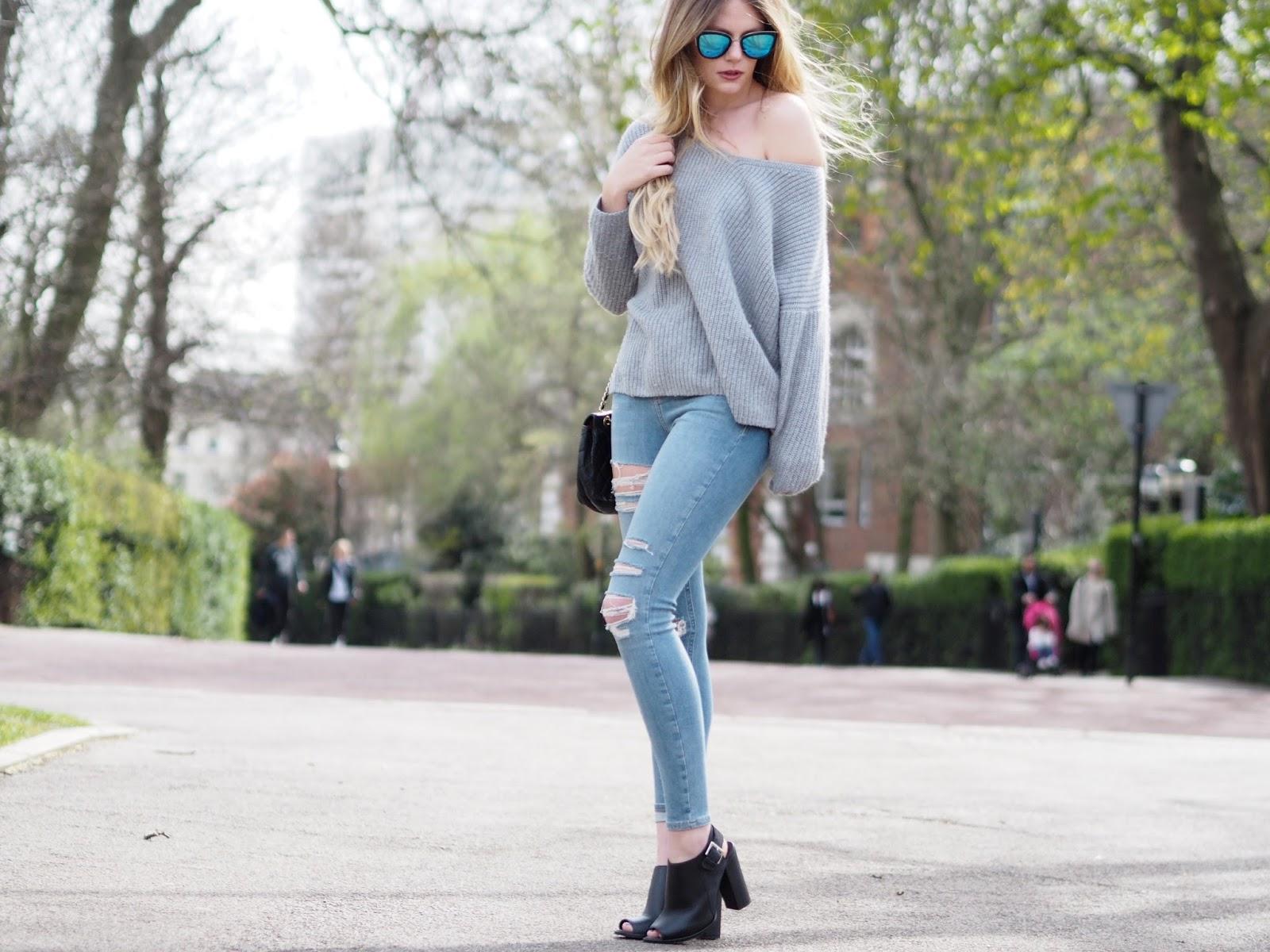 Dream basics – Jumper, Jeans & Chanel.