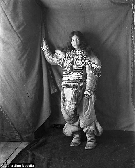Raras imágenes centenarias de la gente Inuit por la primera fotógrafa del país