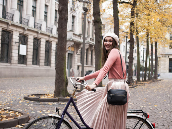 Outfit: pink metallic pleated skirt