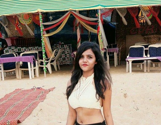 indian-instagram-girl-in-rajsthan