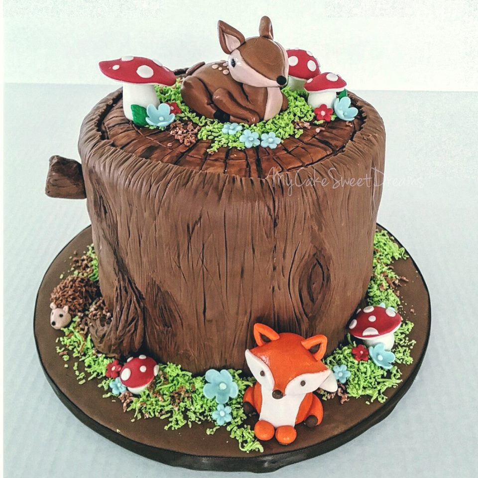 My cake sweet dreams woodland baby shower cake for Animal cake decoration