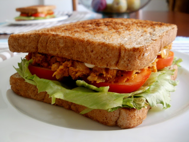 Sándwich de salpicón de bonito