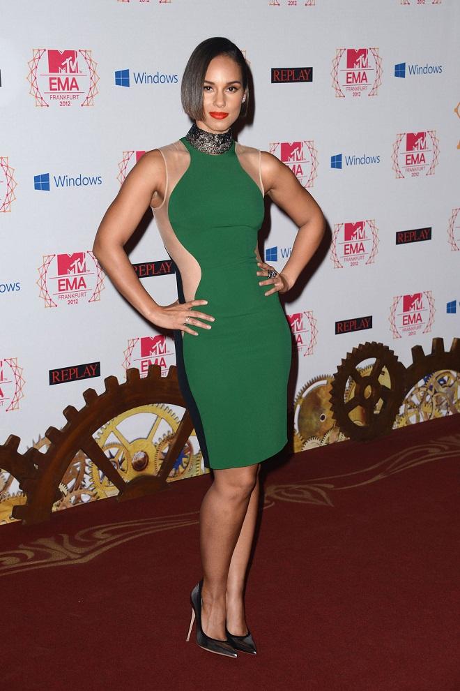 Alicia Keys Flaunts Stella Mccartney Optical Illusion