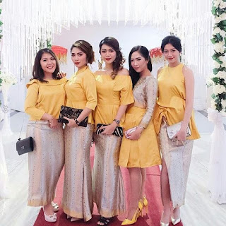 Model Rok Songket Pesta