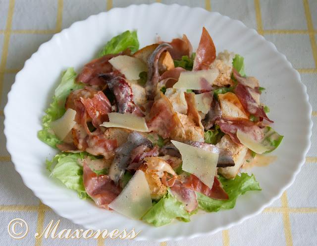 Острый салат «Цезарь» с пармской ветчиной от Гордона Рамзи