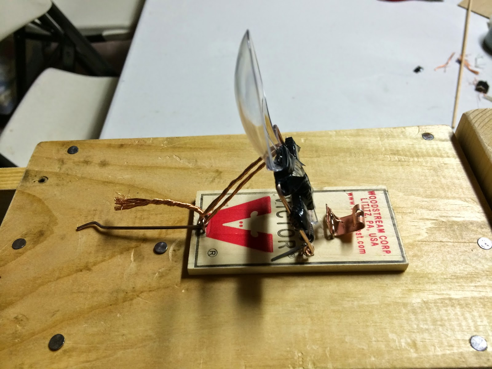 How to Make a Simple Mouse Trap Catapult Blogging About Physics