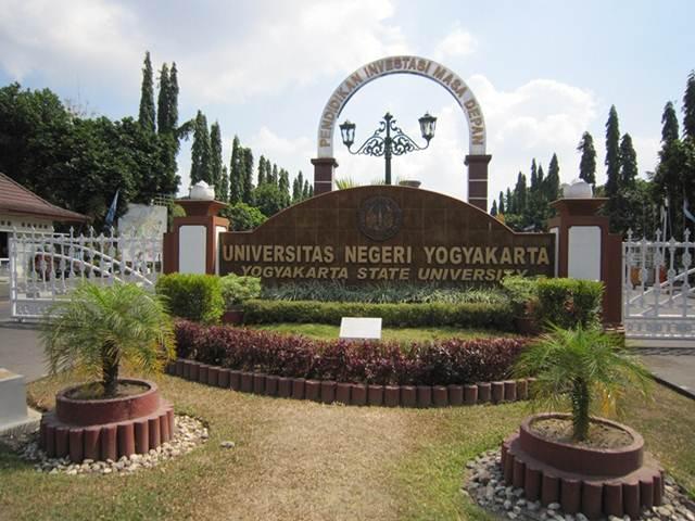 Universitas negeri Terbaik di Yogyakarta