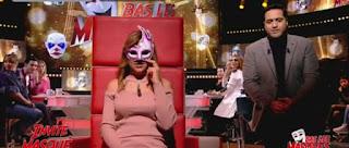 بالفيديو / في برنامج تسقط الاقنعة : آية صديقة ولد عواطف تكشف عن وجهها !
