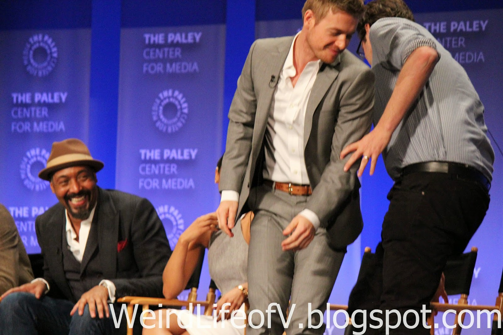 Rick Cosnett and Andrew Kreisberg switch seats due to Candice Patton's answer to a question