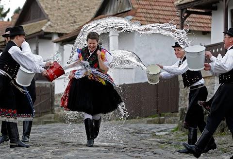 Húsvéti fesztivál a világörökségi Hollókőn
