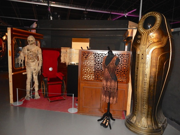 Doctor Who Mummy on Orient Express costumes props