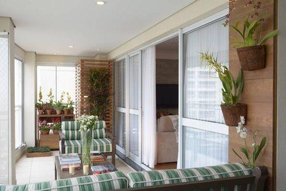 ideia-para-ter-plantas-na-varanda-de-apartamento