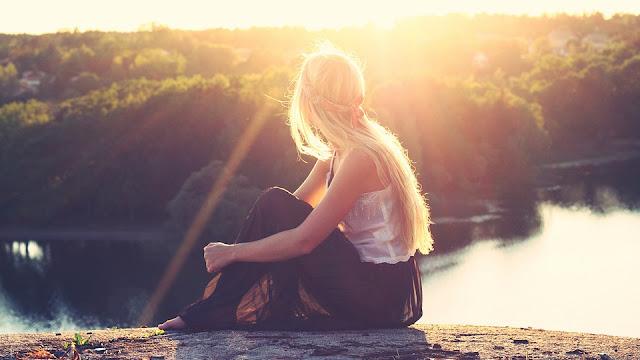 JAK ZAPUŚCIĆ WŁOSY? 10 SKUTECZNYCH SPOSBÓW - Czytaj dalej »