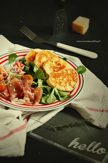 http://www.everydaycooking.pl/2015/01/placuszki-z-ricotty.html