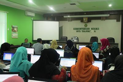 Kemenag Tanjungbalai Adakan Kegiatan Pengisian Data EMIS Secara Online