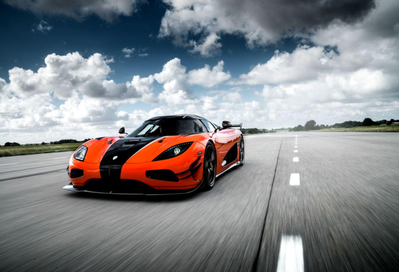 Koenigsegg Agera R Orange Wallpapers Sensei