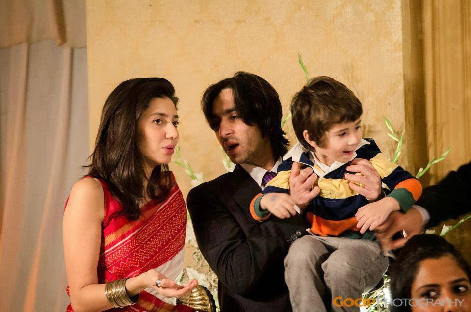 Family Pics Of Famous Pakistani Celebrities With Children Pak Fashion