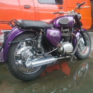 MOTOR TUA Dijual BSA A65 650 Twin - SOLO