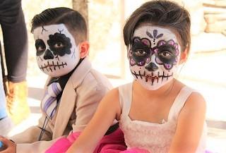 メキシコ「死者の日」の祝祭
