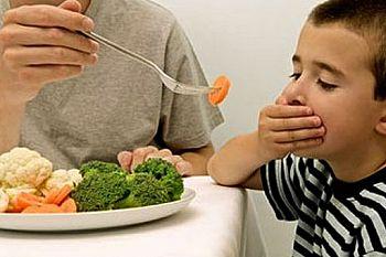 10 Cara Atasi Anak Susah Makan!
