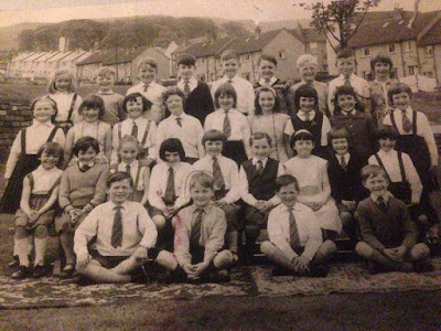 A Moment In Time Hunters Tryst Primary School Class Photograph, Year 1962-1968