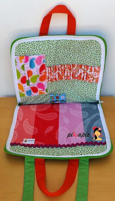 """Interior maletín de dibujo de niña """"María"""". Pikapic"""