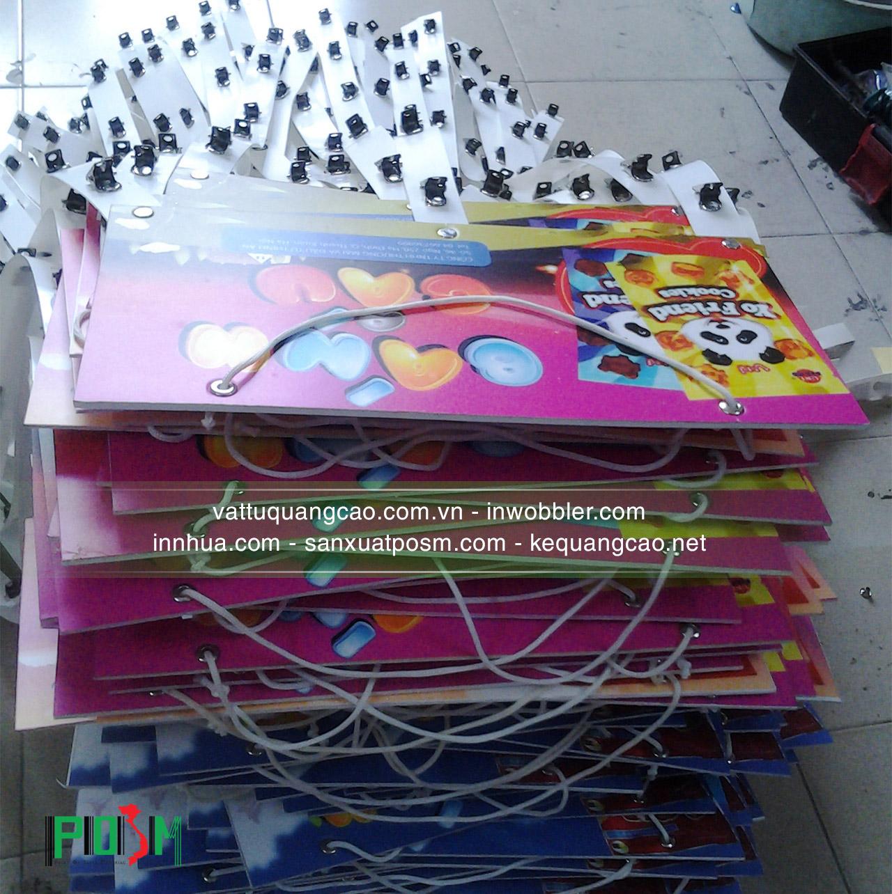 hanger-dây-nhựa-kẹp-sắt