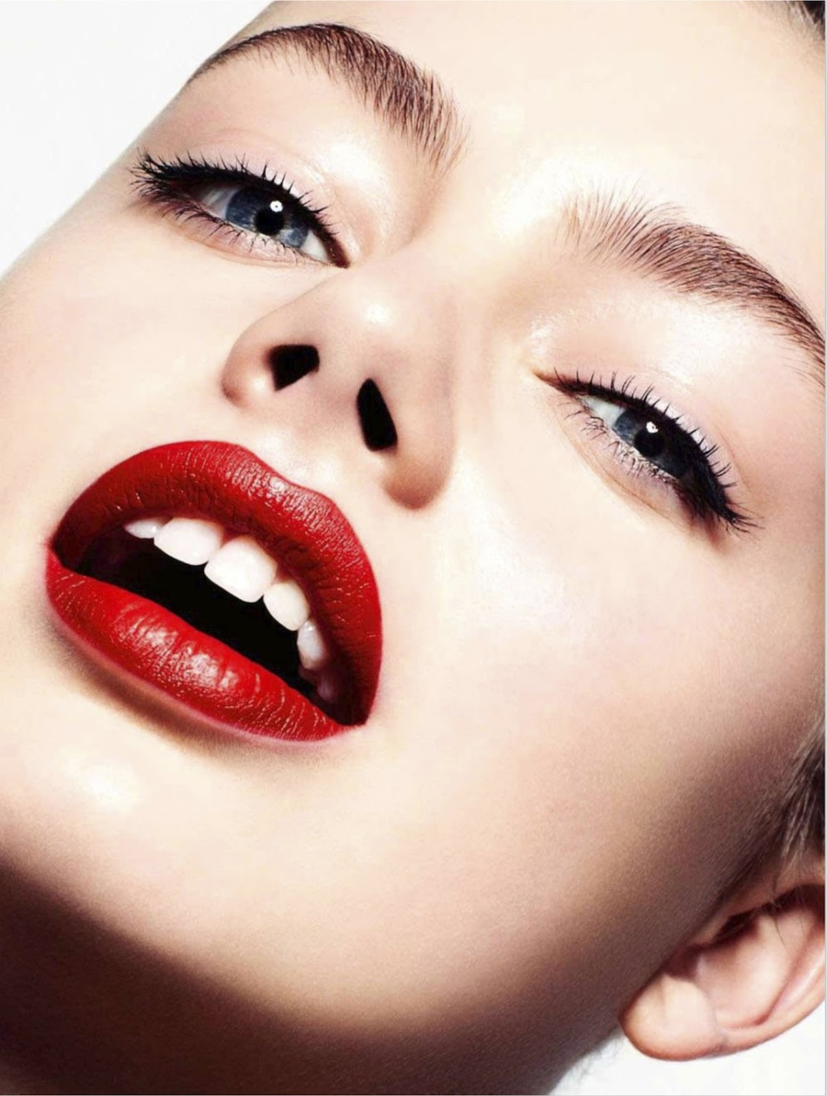 Glamour Makeup: 3d Your Make-up: Hanna Verhees By David Oldham For Uk