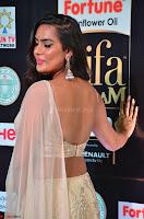 Prajna Actress in bhackless Cream Choli and transparent saree at IIFA Utsavam Awards 2017 007.JPG