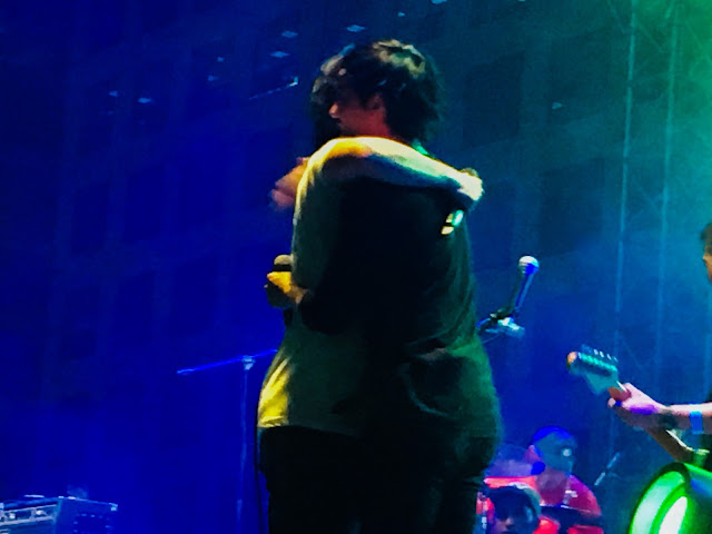 Raimund Marasigan and Miggy Chavez hugs