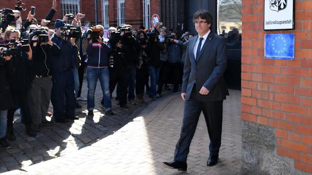 Fiscalía de Alemania pide la extradición a España de Puigdemont