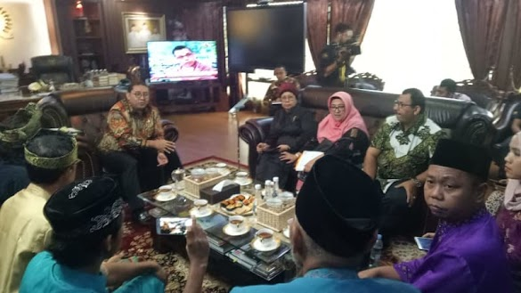 Temui Fadli Zon, Lembaga Adat Melayu Desak Kapolda Riau Dicopot
