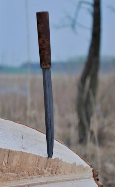 rekonstrukcja noża wczesnośredniowiecznego ze wsi pawłowice